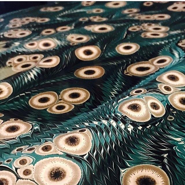 By @edaozbekkangay . . . . . . . #art#marbling#ebru#paint#color#patterns#turkish... 5