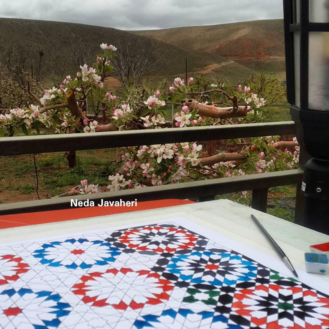 Karya Kaligrafi Pattern of Ben Youssef Madrasa, Marrakech مراحل ترسیم و رنگ آمیزی اولین گره هشت …- Ne Javaher