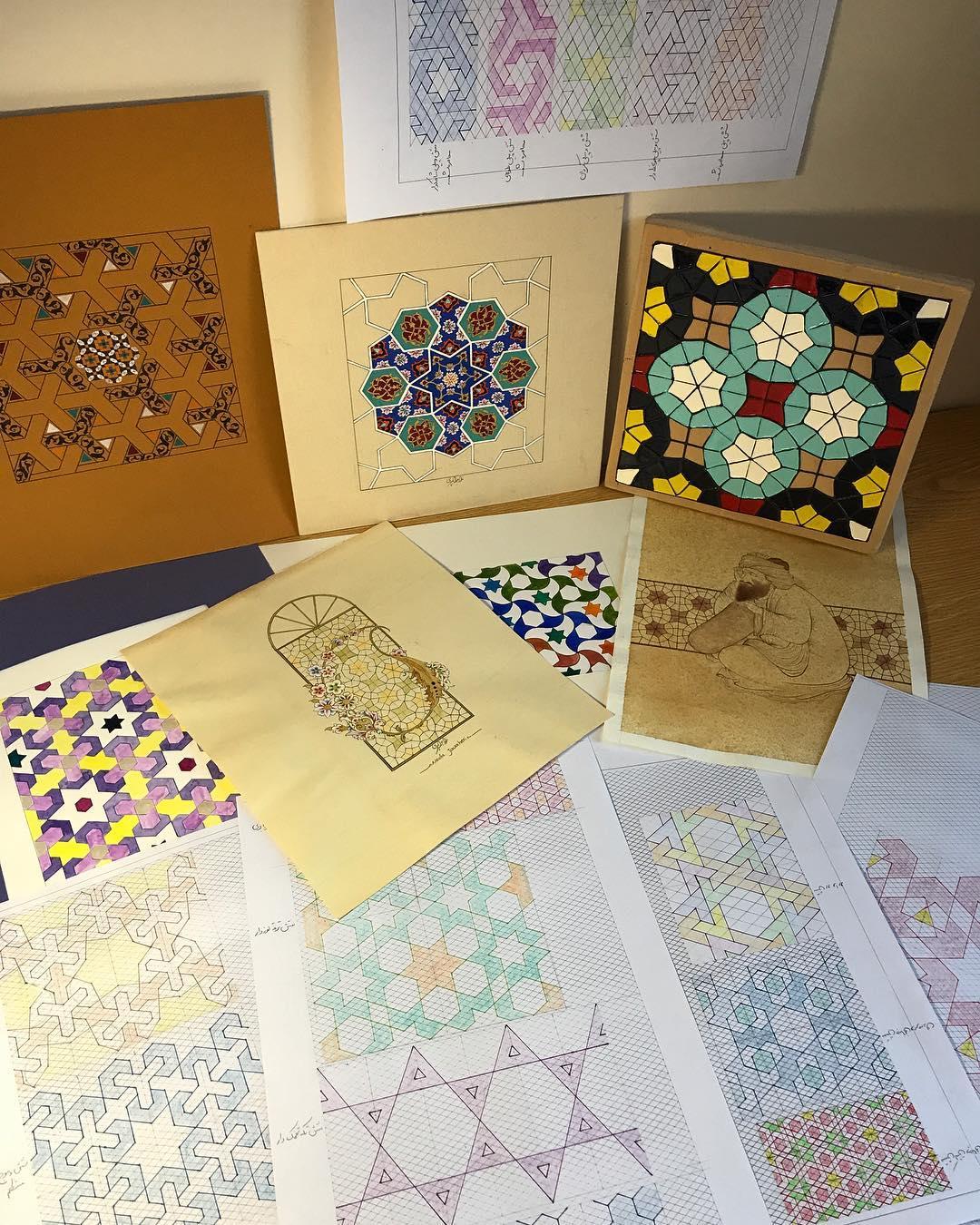 Karya Kaligrafi Six point star patterns پست اول:گره های شش پ.ن . با توجه به شروع دوره های تابستا…- Ne Javaher