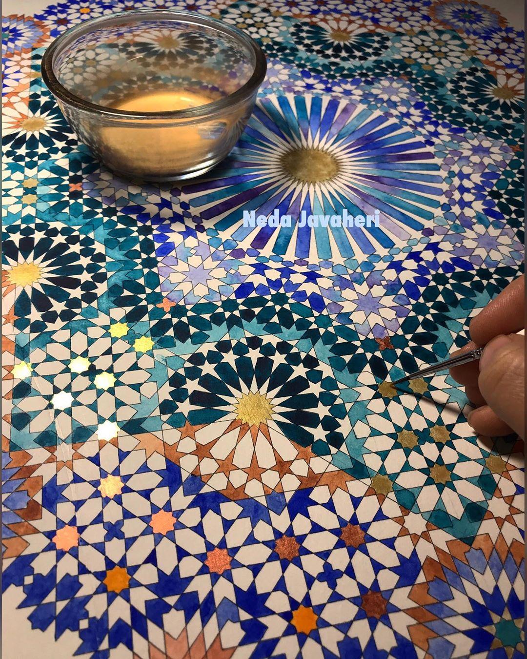 Karya Kaligrafi  عشقت هوای تازه ست، در این قفس که دارد هر دفعه  بوی تعلیق ، هر لحظه  رنگِ تکرار …- Ne Javaher