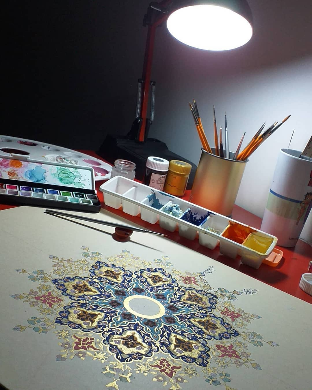 Download Photo Kaligrafi اثر زیبای خانم لطیفه برهانی @latife.borhani . . . . . . . . . . #تذهیب#زرنگاره#ش…- Vahedi Masoud