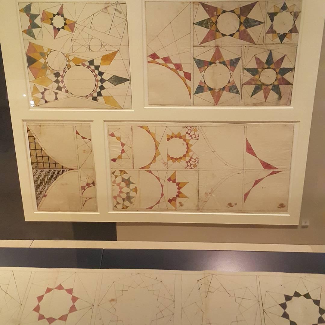 Khat Diwani Ajhalawani/Amr رسومات للزخرفة الإسلامية.  المكان: إيران.  #متحف_فيكتوريا_أند_ألبرت  #لندن  #بري… 35