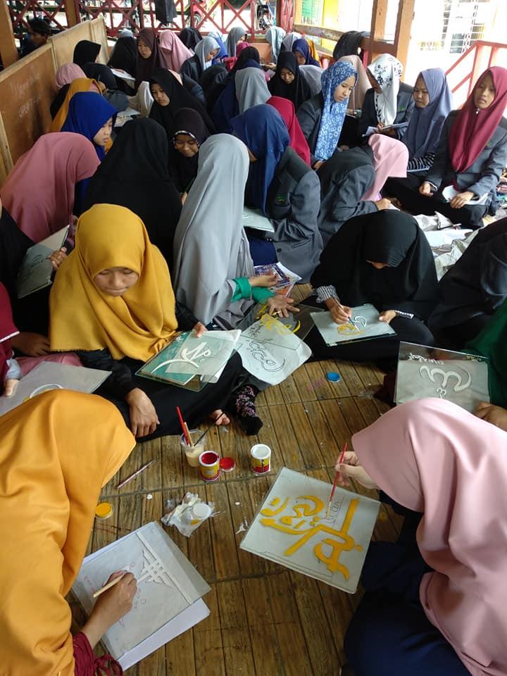 Kpd. Slrh. Civitas Akademika  Kampus Seniman Muslim  Pesantren Kaligrafi Alqur... 4