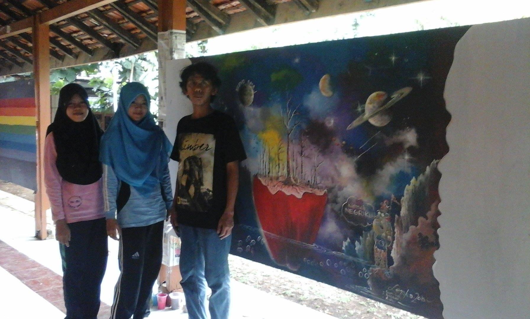 Kaligrafi Kontemporer Ustadz Poniman tim bersama dalam lomba mural.. 122