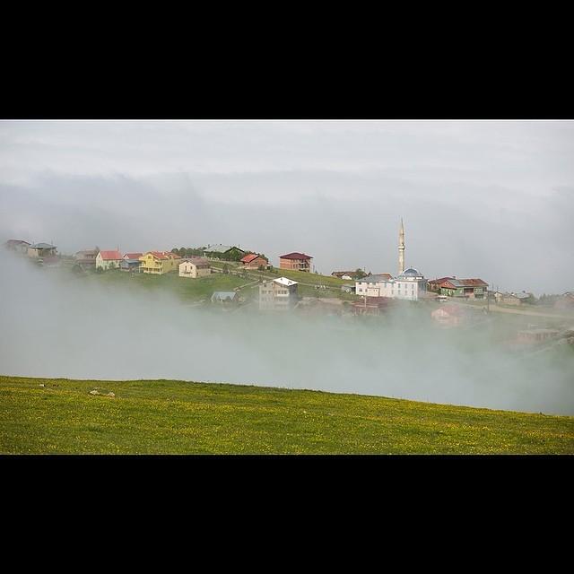 Donwload Photo Kaligrafi Eğrisu Yaylası, Çaykara, Trabzon أعري صو يايلاسي، جاي قره، طرابزون…- ozcay