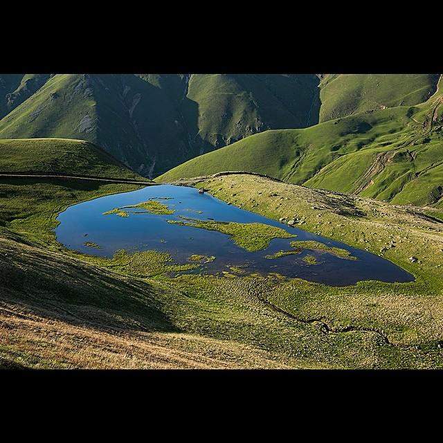Donwload Photo Kaligrafi Haldizen'deki göllerden biri. Uzungöl, Çaykara, Trabzon 30.05.2014…- ozcay