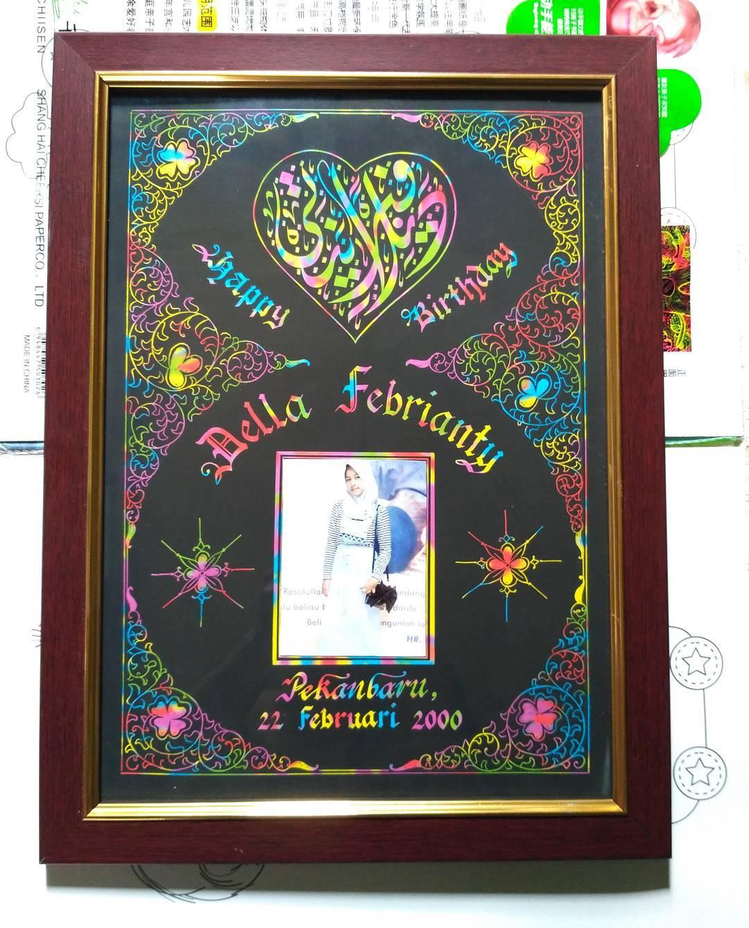 Works Calligraphy Taufik Hasibuan Minat….! Hubungi..   Kaligrafi nama  Wisuda  Pernikahan  Ulang tahun  Dll…… 44