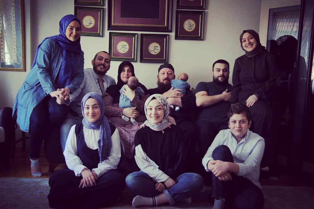 Donwload Photo Cümle İslam Aleminin Ramazan-ı Şerifi mübarek olsun inşallah.  Hep beraber nice ...- Hattat Mahmud 1