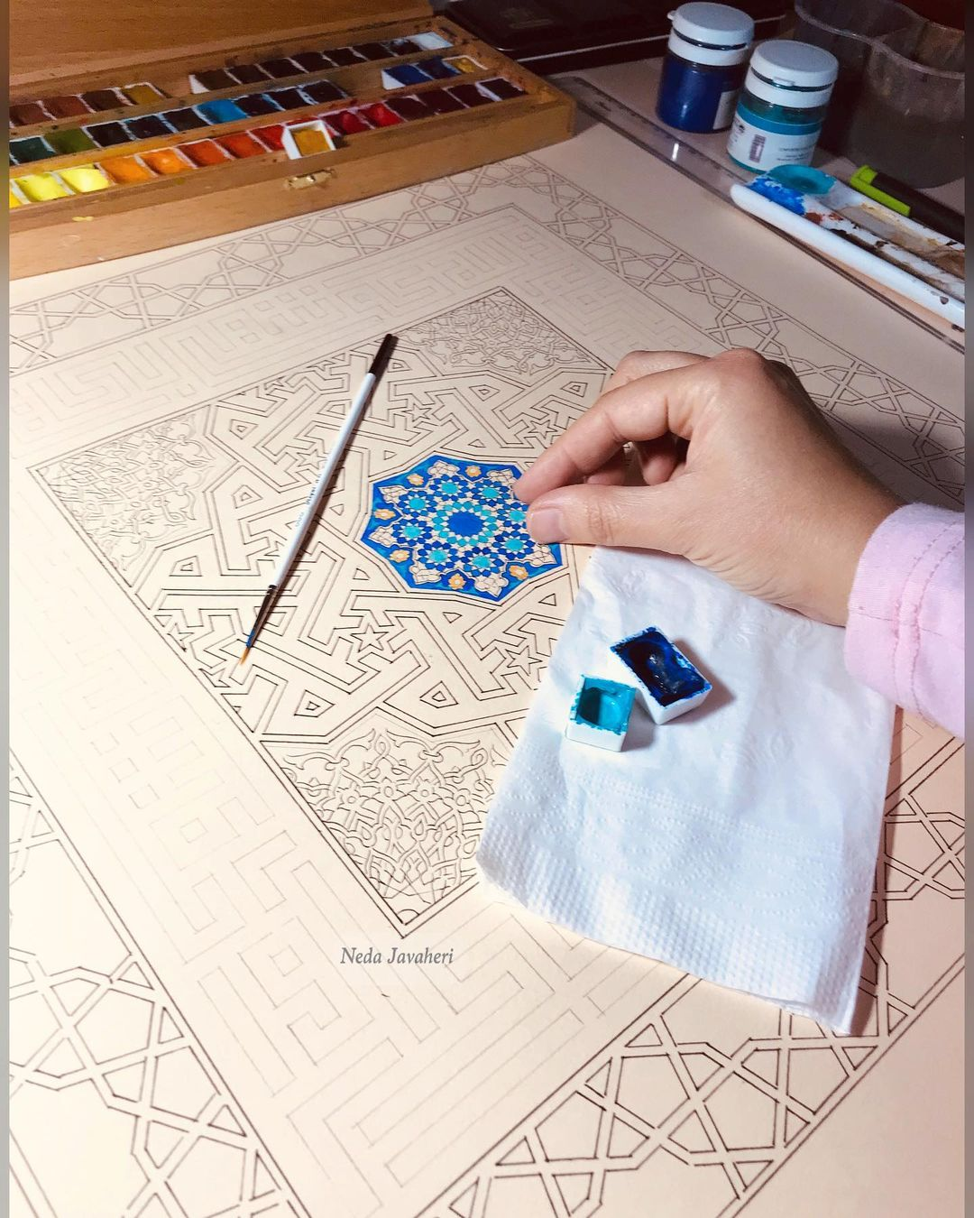 Karya Kaligrafi . و این کوچکترین دلبر  بچه ها یه توضیحی در مورد طراحیها بدهم.  ببینین سالها پیش…- Ne Javaher