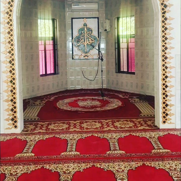 Donwload Photo Khat Unik A.M. Daggash Mosque,  Maiduguri, Nigeria.  Calligraphic decoration: year 2000 Re… – Yushaa Abdullah