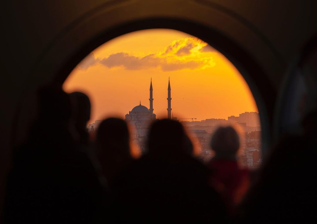 Donwload Photo Kaligrafi Galata Kulesi'nden Fatih Camii'ne bakmak…- ozcay