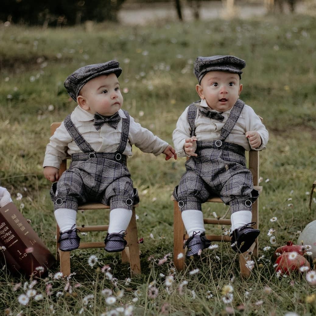 Donwload Photo Bugün torunlarım Ali Asaf ve Ali Sacit efendiler delikanlılık ta bir rütbe daha …- Hattat Mahmud