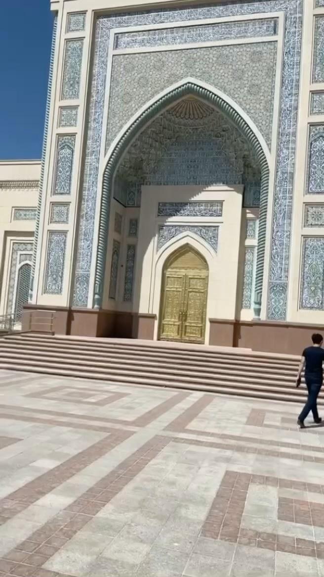 Khat Diwani Ajhalawani/Amr مركز الإمام البخاري في سمرقند... 729 1